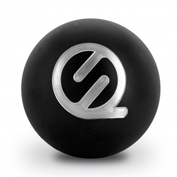 Engraving of a logo on a petanque triplet (triplet not included)