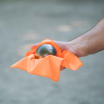 Cleaning cloth for Pétanque balls