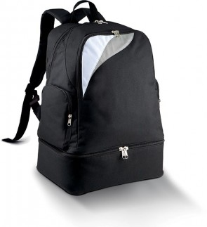 Back pack black with a bottom pouch for petanque balls